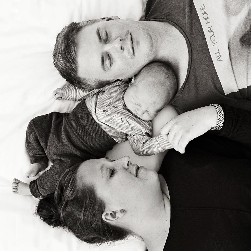 nyföddfotografering emmelifoto föräldrar