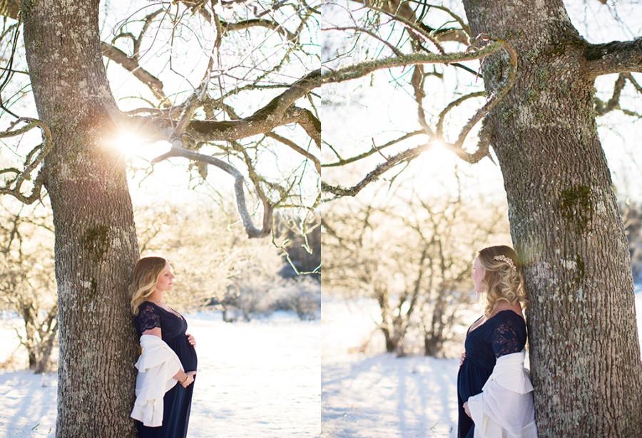 Gravidfotografering i snön; vackra Linda