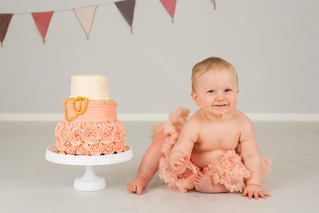 smash the cake emmelifoto 1