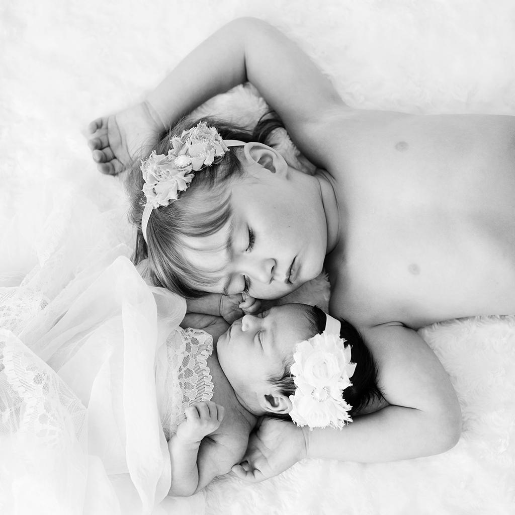 nyföddfotografering motala fotograf linköping vadstena norrköping emmelifoto