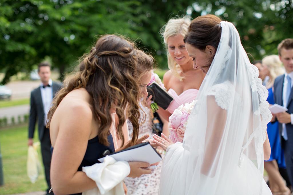bröllop tranås bröllop badhotellet bröllopsfotograf tranås linköping vadstena motala emmelifotobröllop tranås bröllop badhotellet bröllopsfotograf tranås linköping vadstena motala emmelifoto 075