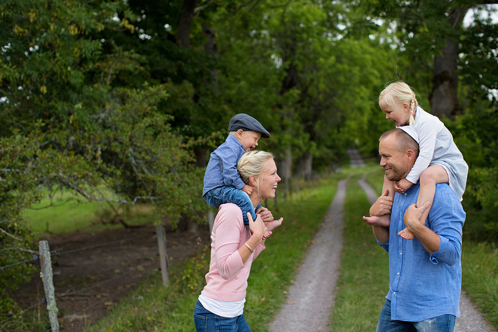 emmelifoto familjefotografering fotograf Motala Vadstena Linköping