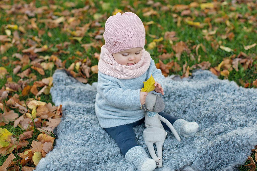 Familjefotografering höst Emmelifoto fotograf Linköping Norrköping Motala barnfotografering utomhus Medevi brunn